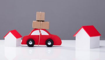 A guide to dealing with packers and movers